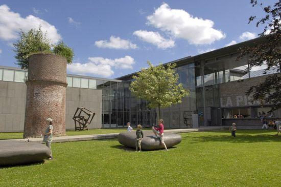 La Piscine Musee D Art Et D Industrie Andre Diligent City Pass