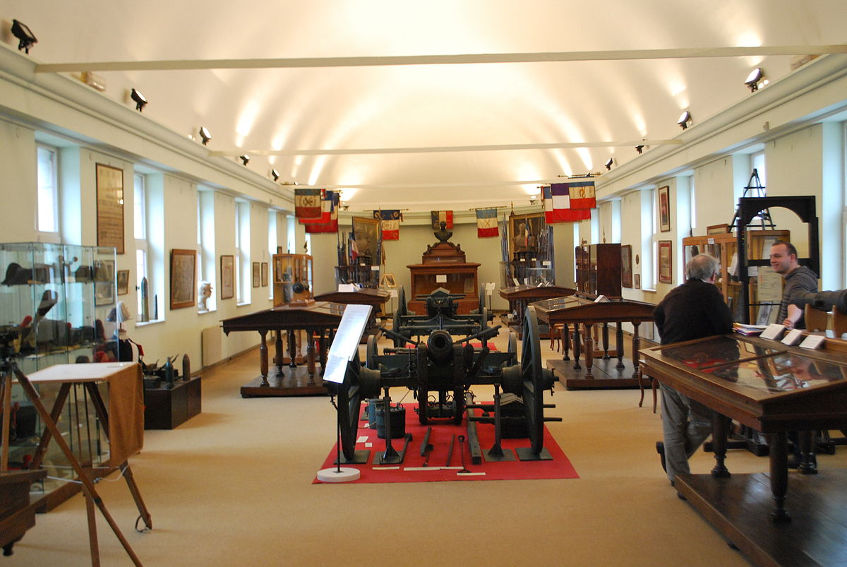 musee-des-canonniers-lille-main-room