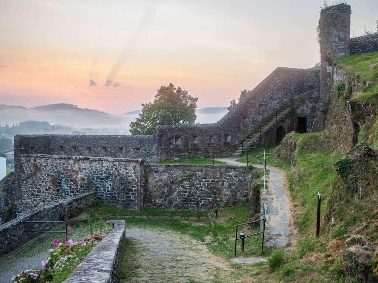 remparts-citadelle-st-jean-pied-de-port-bd-carton-768x576