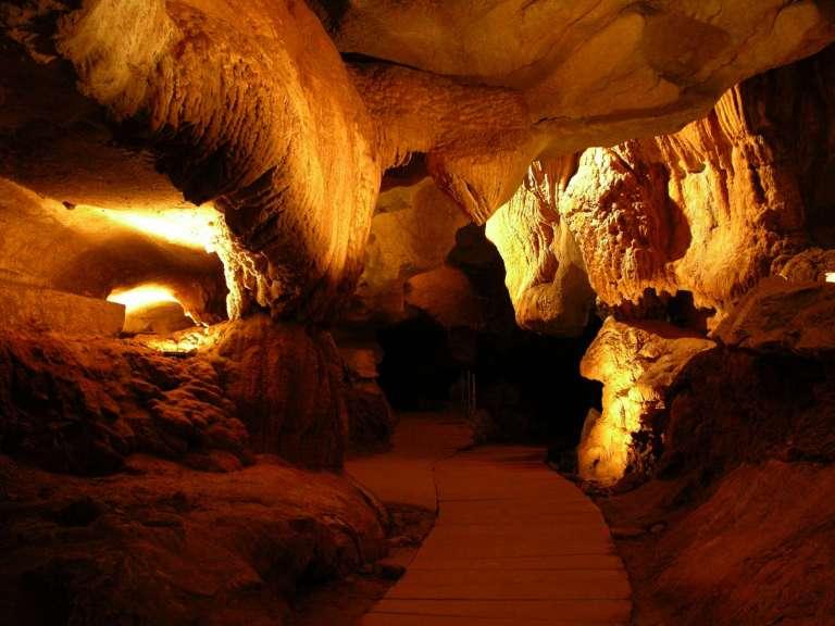 1-grottes-de-sare-credit-inconnu-768x576