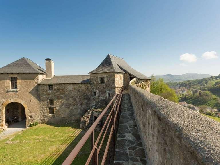 chateau-mauleon-credit-carole-pro-recadre-768x576