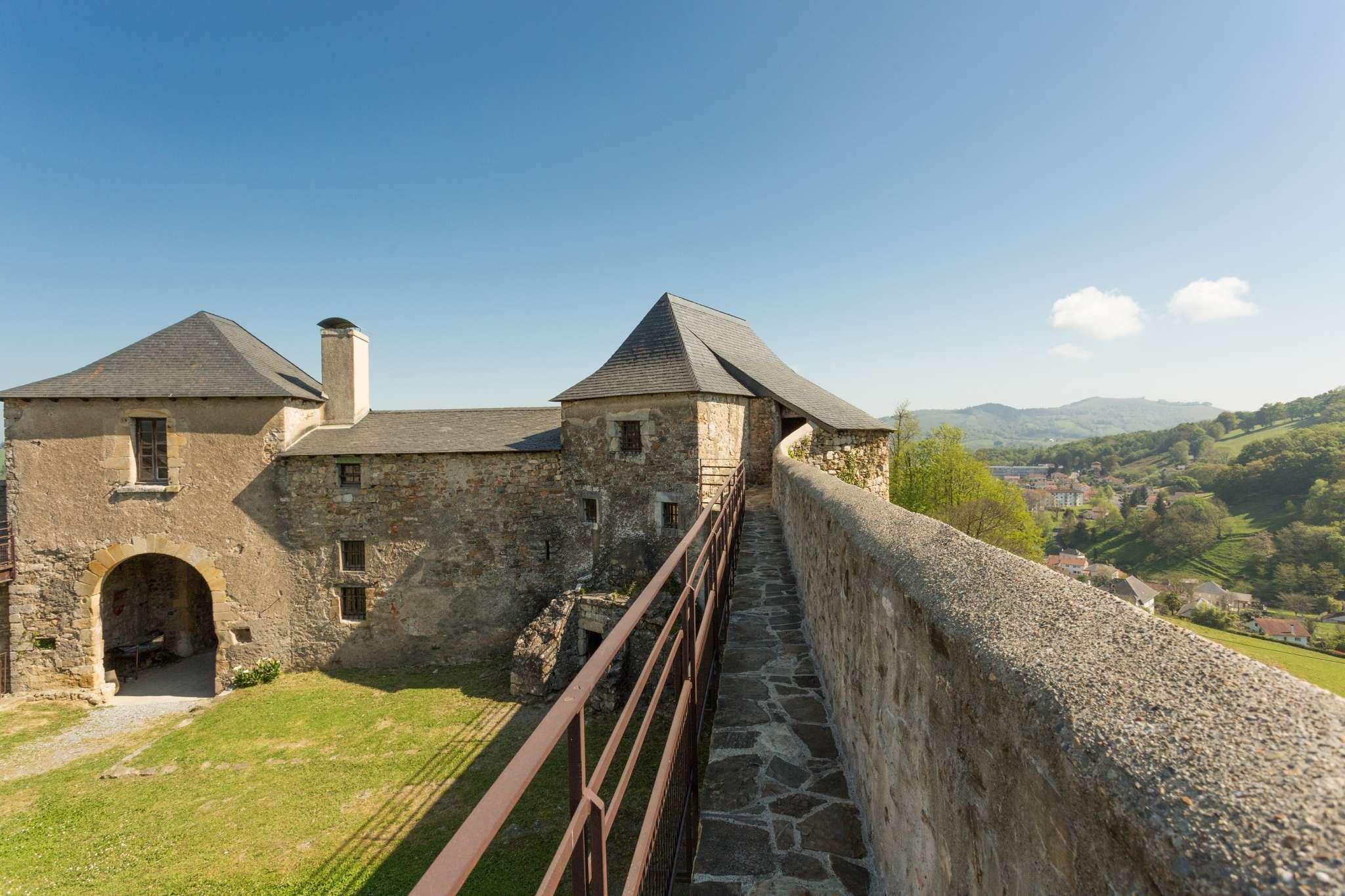 chateau-mauleon-credit-carole-pro-recadre