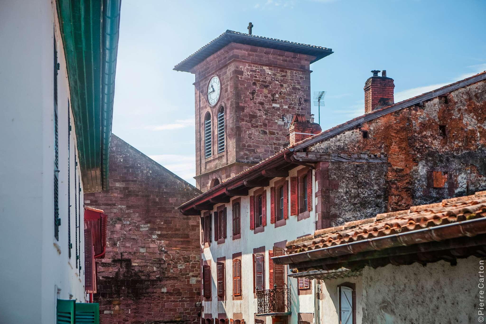 clocher-eglise-st-jean-pied-de-port-bd-carton