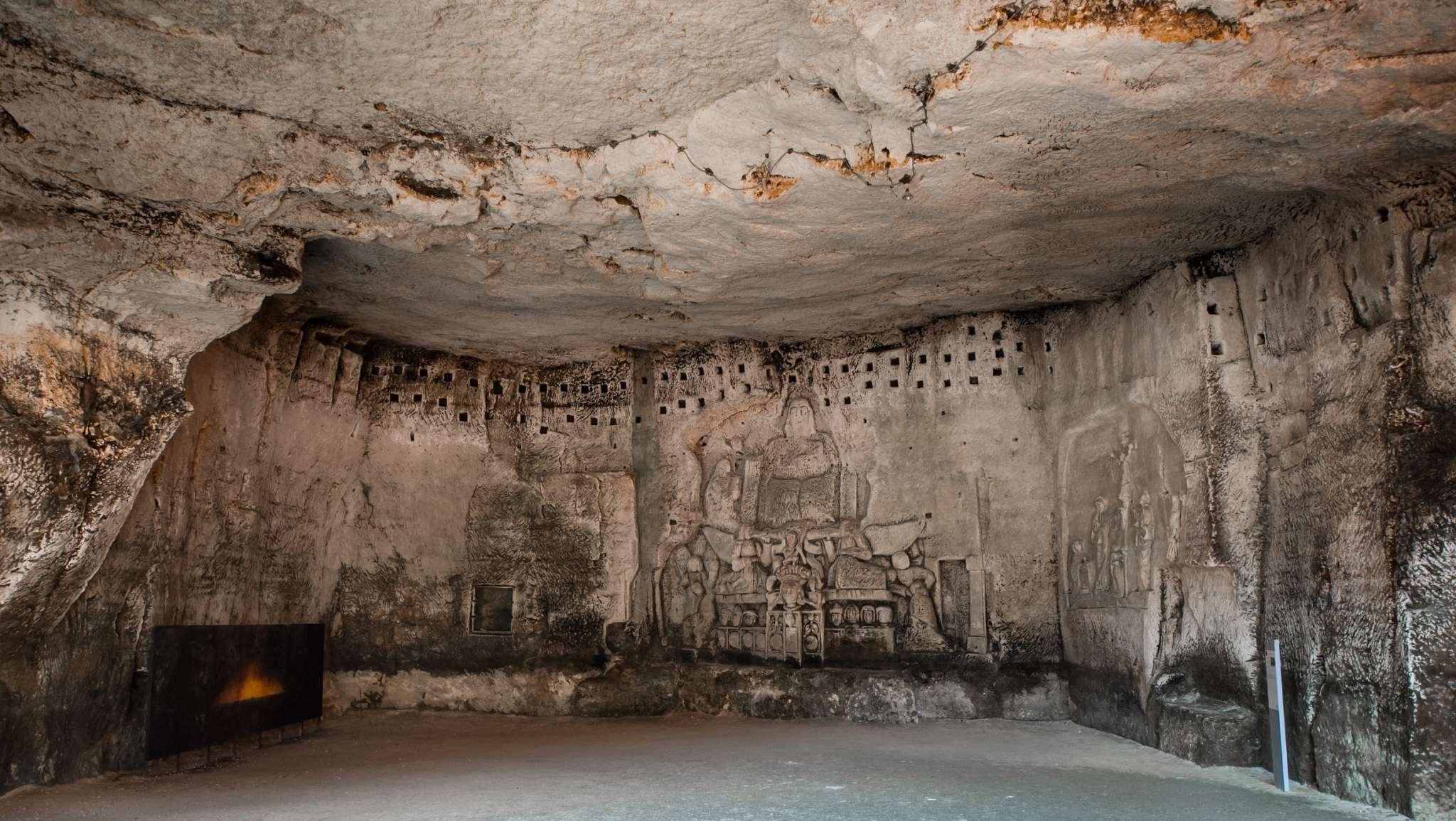phpkfi6m0-brantome-grotte-du-jugement-dernier-et-bas-reliefs-abbaye-credit-henri-faissolle-hfc
