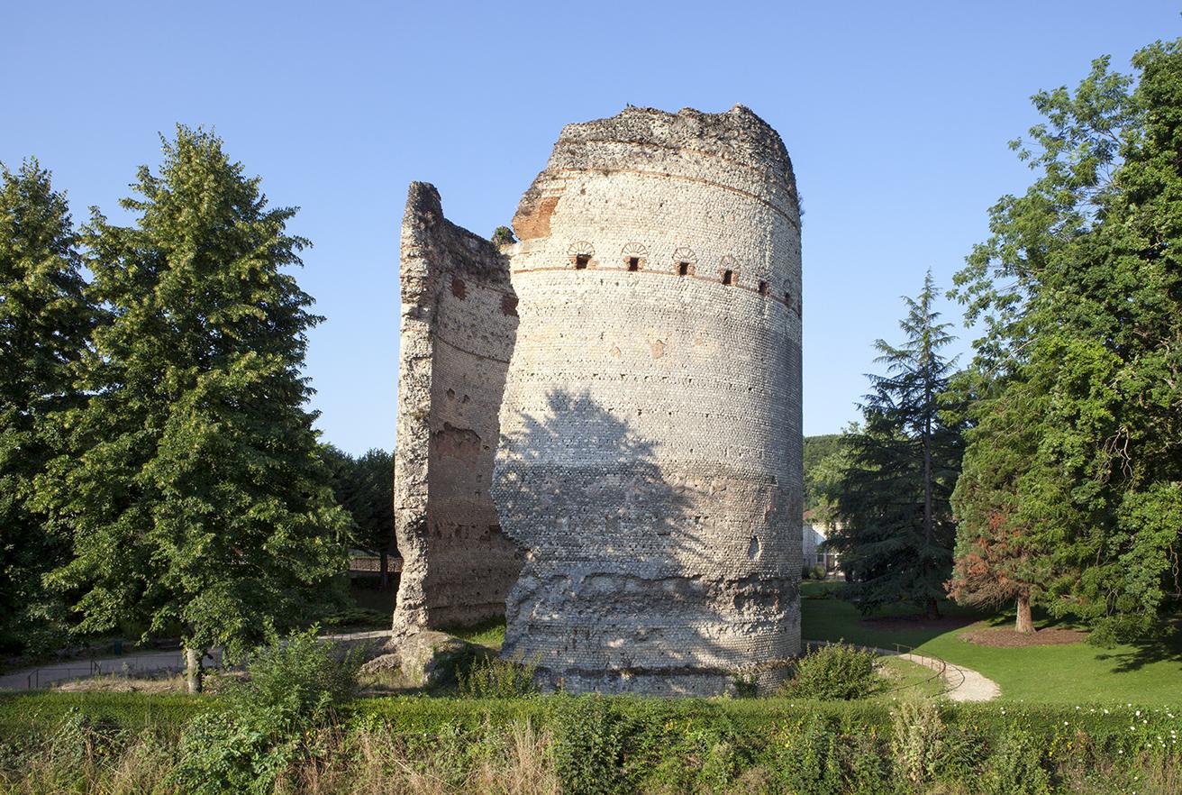 Visite de la Cité romaine à la cité comtale