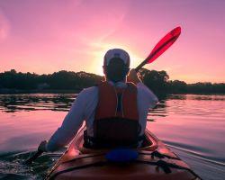 phpsjisqv-kayaking-1149886-1920-250x200