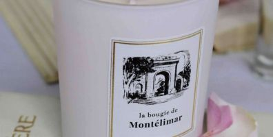 phpmga2u6-bougie-parfume-e-madame-de-se-vigne-232-scaled-396x200