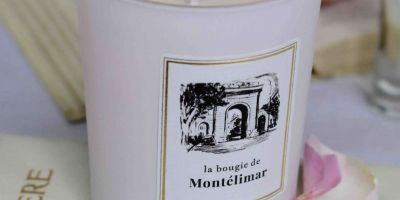 phpmga2u6-bougie-parfume-e-madame-de-se-vigne-232-scaled-400x200