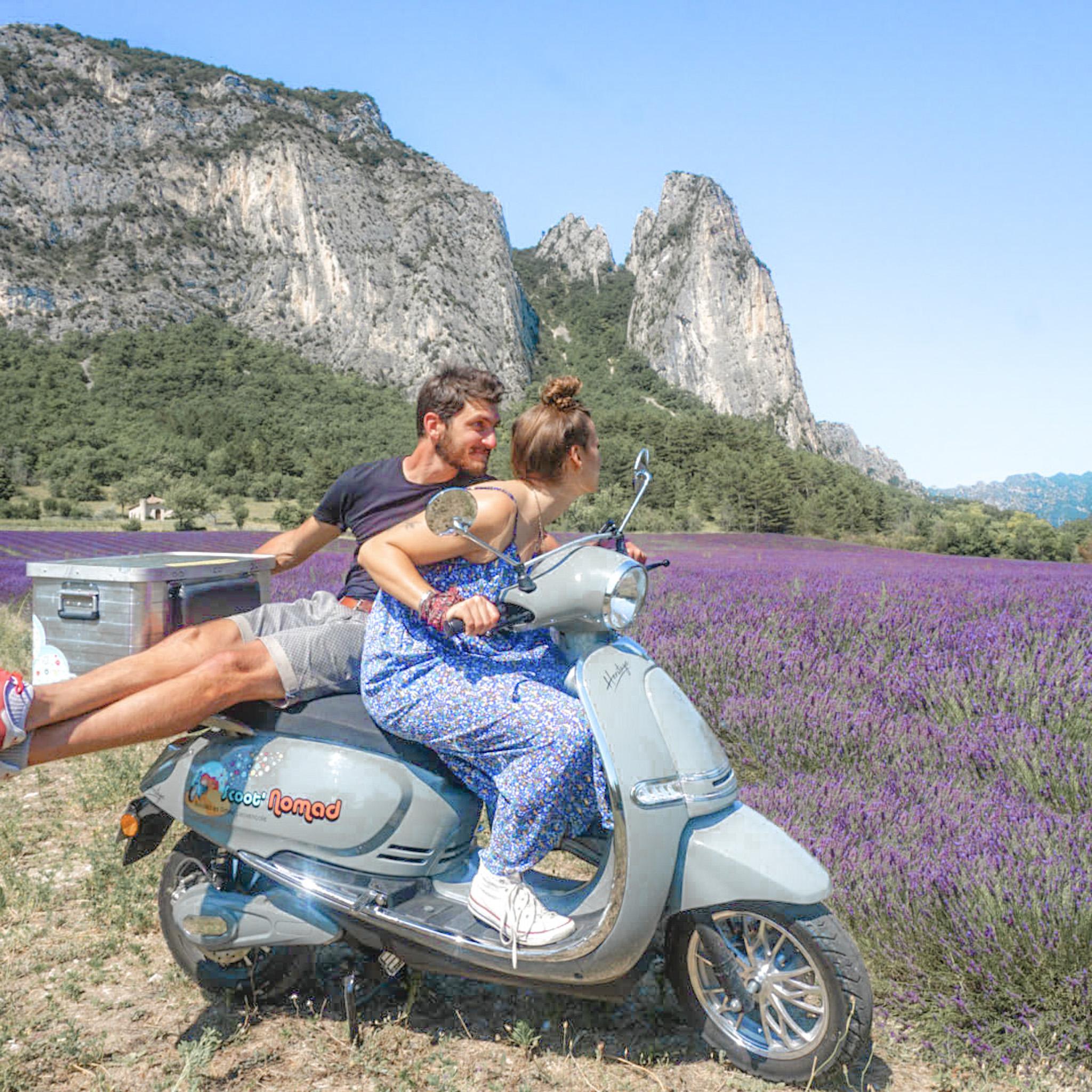 a-scoot-nomad-balade-en-scooter-tourisme-en-drome-provencale
