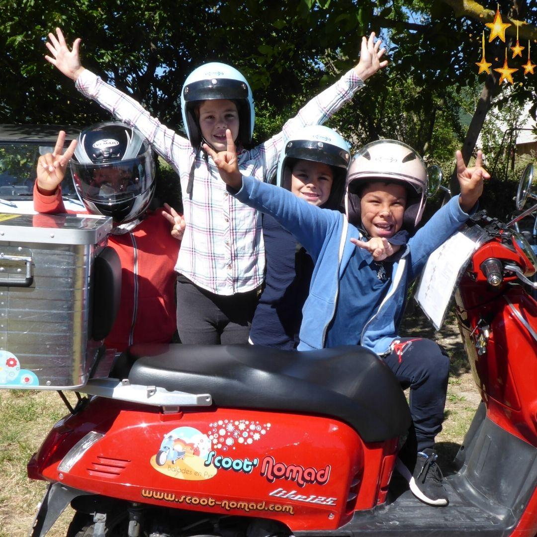 enfants-scoot-nomad-tourisme-en-scooter-drome-provencale