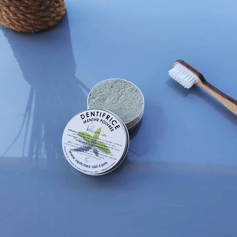 dentifrice-solide-a-la-menthe