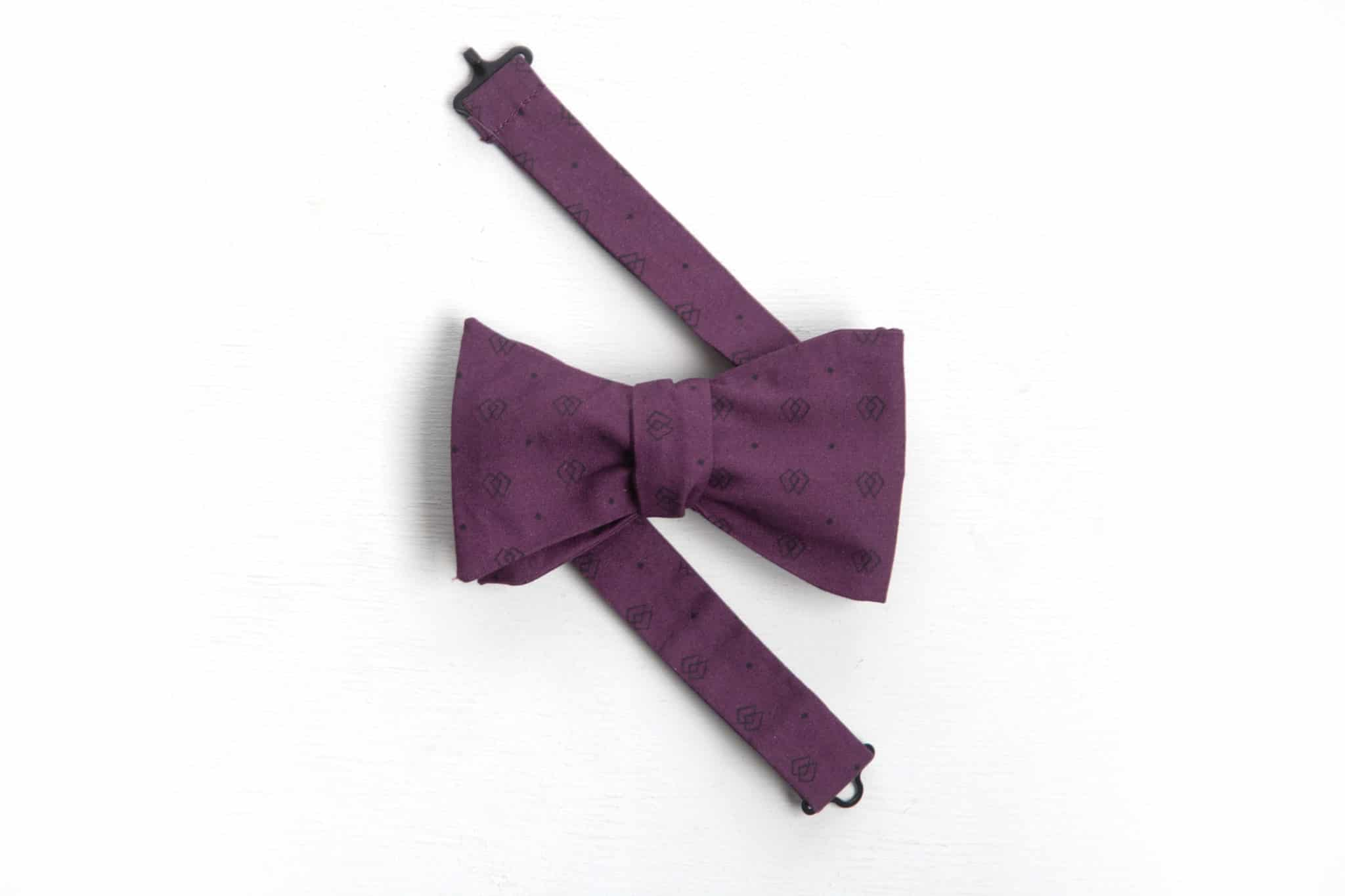 phpddf7li-noeud-papillon-homme-violet-et-noir-rue-mouffetard-rm-scaled