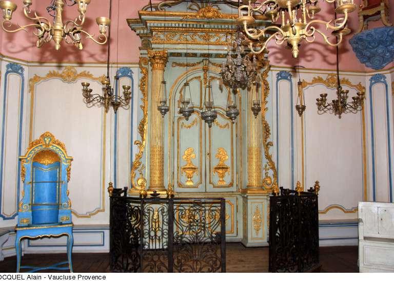 cavaillon-la-synagogue-copyright-hocquel-alain-vaucluse-provence-5551-800px-768x576