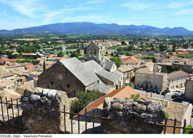 valreas-vu-de-la-tour-ripert-copyright-hocquel-alain-vaucluse-provence-1713-800px-768x576